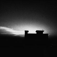 Dark obsession  #silhouette #dark #town #black #evening #phone #photography #satna