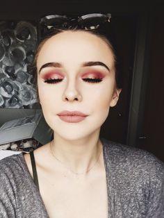 Beautiful Acacia Brinley Photos Style You Need To Know Kiss Makeup, Love Makeup, Makeup Inspo, Makeup Art, Makeup Inspiration, Makeup Tips, Makeup Looks, Hair Makeup, Acacia Brinley Tattoo