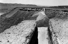Michael Heizer, Double Negative, Mormon Mesa, Overton, Nevada, 1969-1970