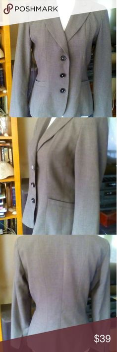Grey Tahari Blazer Smalo Grey Tahari Blazer. EUC. Triple button. Size Small. Smoke free environment.nshop my closet for more deals. Bundle and save. Happy Poshing! Tahari Jackets & Coats Blazers
