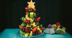 Een prachtige #kerstboom maken van fruit. Schitterend om samen met je kind te maken en te serveren bij het #kerstdiner op bijvoorbeeld school of gewoon thuis.
