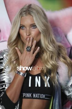 elsa hosk instagram - Google Search Blonde Hair Shades, Golden Blonde Hair, Blonde Color, Hair Color, Elsa Hosk, Blonde Tattoo, Victoria Models, Gorgeous Eyes, Dream Hair