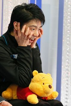 Yuzuru Hanyu reacting to his new set world record  (322.40 at 2015 NHK Trophy Nov . 27-29, 2015)