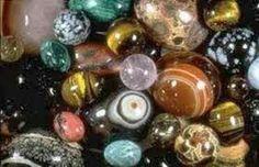 Mutlu Kişisel Gelişim ve Yaşam Merkezi:  Taşların enerjisinden Faydalanın.       Doğal taşlar ve özellikleri  Kuvars Krista...