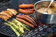 Myös sinappikaviaari ja dressing valmistuvat grillissä.