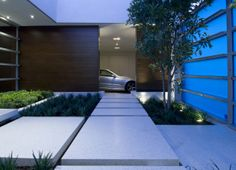 WhippleRussell house. Hopen Place. Hollywood Hills. 3. Nice garage peek.