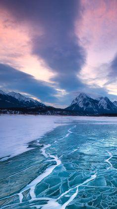 Nature-Frozen-Sea-Level-iPhone-6-wallpaper.