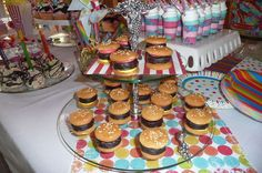 Mini Hamburgers made with Vanilla Wafers and Peppemint Patties.Gotta go to this website. What a wonderful birthday party Teske Goldsworthy Scholl Mcdonalds Birthday Party, Carnival Birthday Parties, Circus Party, Themed Parties, Diy Party Food, Diy Food, Party Ideas, Party Party, Party Time