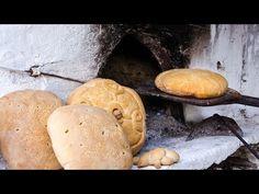 Παραδοσιακός τρόπος παρασκευής ψωμιού, με όλα τα μυστικά για καρβέλια που κρατάνε τη νοστιμιά τους και τη φρεσκάδα τους όπως τα παλιά τα χρόνια!