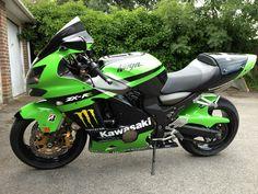 ZX12R motogp tribute Kawasaki Ninja Bike, Kawasaki Zx12r, Kawasaki Motorcycles, Cars And Motorcycles, Supersport, Sportbikes, Bike Life, Custom Bikes, Cool Bikes