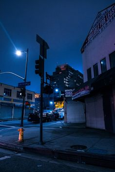 23 Ideas urban landscape photography city life night lights for 2019 Blue Aesthetic Dark, Night Aesthetic, City Aesthetic, Urban Aesthetic, Night Photography, Landscape Photography, Nature Photography, Photo Wall Collage, Picture Wall