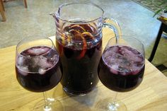 A simply wonderful sangria of deep, dark and delicious flavor. The added charm that berries, cherries and grapes provide gives it a sweetness, while the tea gives it earthiness. Delectable.