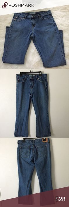 🌹Levis 515 BootCut Stretch Jeans Levis 515 Boot Cut Stretch Womens Blue Denim Jeans Size 14  Item has been examined and is in pre-owned condition. The known faults are called out below in the Areas of Flaws section. Please review all pictures and thoroughly inspect each before purchasing.    Areas of Flaws:  1. Distress on pockets    Length: 38  Inseam: 28  Waist flat: 16 Levi's Jeans Boot Cut