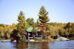 http://cabinporn.com/post/99405109675/cabin-on-ahmic-lake-ontario-contributed