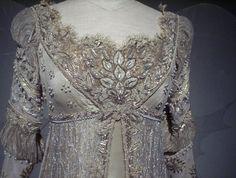 Ever After Costume Vintage Dresses, Vintage Outfits, Vintage Fashion, Inktober, Oscar Dresses, Blue Wedding Dresses, Facon, Historical Clothing, Halloween