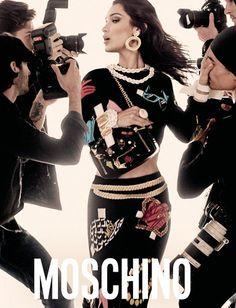 Moschino - Gigi e Bella Hadid campanha primavera 2017