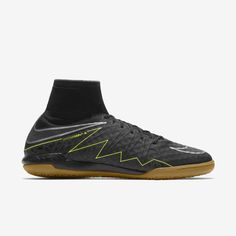 Découvrez toute la collection de chaussures, vêtements et équipements Nike sur www.nike.com