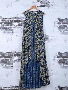 Shop Blue cotton printed festive kurti online from India. Kalamkari Designs, Kurta Designs, Abaya Fashion, Indian Fashion, Kurta Patterns, Dress Patterns, Kalamkari Dresses, Designer Kurtis Online, Bollywood Dress
