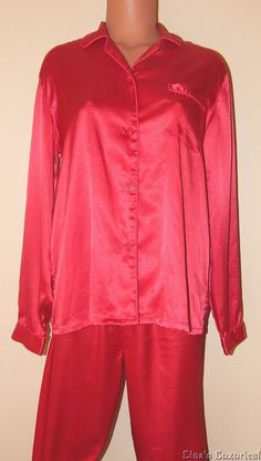 "Pajama Set Victoria's Secret Angels S Long Sleeve Top Pants 29"" inseam Red Satin #VictoriasSecret #PajamaSets"