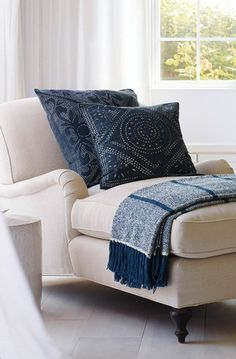 Camille Diamond Medallion Pillow Cover – Ellie Lane   Furniture & Decor for Coastal & Mountain Interiors