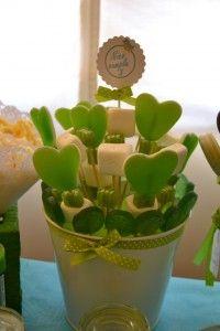 Cumpleaños de Nico | Frambuesas en el mar#more-621 Candy Shop, Marshmallow, Planter Pots, Birthdays, Just For You, Valentines, Baby Shower, Green, Candy Bars