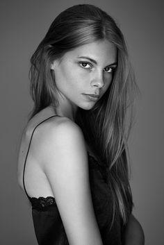 Anna Dyszkiewicz on Behance