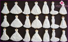 Wedding dress cookies ~ Because they are so fun! Wedding Dress Cookies, Petticoat For Wedding Dress, My Wedding Planner, I Believe In Pink, Royal Icing Cookies, Iced Cookies, Cookie Decorating, Decorative Bells, Tassel Necklace