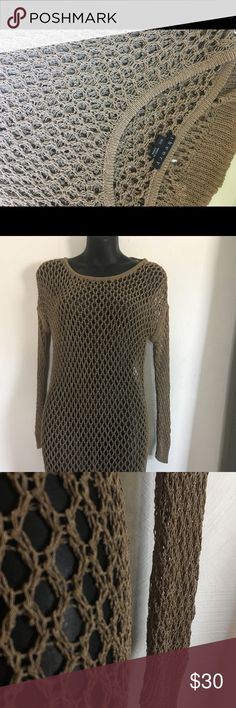 Theory loose knit tunic top Super cute loose knit crochet tunic top by Theory. Theory Tops