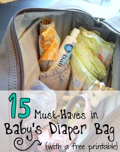 If it's your first time packing a diaper bag, you're in luck! I mase a list of 15 Must-Haves in Baby's Diaper Bag, and I also made a free printable! Diaper Bag Organization, Mom Organization, Crafts For Teens To Make, Preparing For Baby, Baby Must Haves, Baby Diaper Bags, Everything Baby, Baby Needs, Baby Time