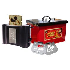 Limited Edition Disney Vintage Mickey Pop Art Toaster in Retro - Red/Black  You have no idea how many wants I have for this!!!!!!!!!!