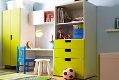IKEA Aufbewahrungssysteme für Kinderzimmer wie z. B. STUVA  Aufbewahrung mit Türen, weiß, grün