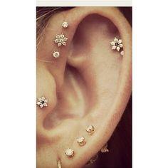 Jewels: earrings ear piercings gold earrings piercing ❤ liked on Polyvore featuring jewelry, earrings, piercings, accessories, jewels jewelry, gold earrings jewelry, earring jewelry, gold earrings and jeweled earrings