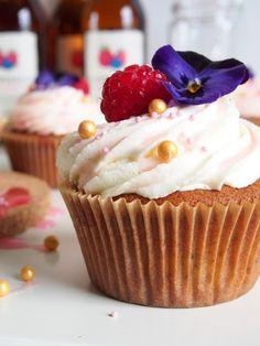 Dr. Sugar: Marjaisat kuppikakut /Berry Cupcakes