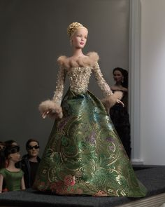 Anniversary Gala - outfit only Barbie Collection, Couture Collection, Dressed To The Nines, Barbie World, Barbie Dress, Beautiful Dolls, Fashion Dolls, Doll Clothes, Ball Gowns