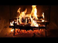 Glamumous: Offbeat tips to save money on heating your home this winter Jazz Music, Portable Fireplace, Indoor Outdoor Fireplaces, International Craft, Best Seasons, Free Canvas, Modern Photography, Cool Bars, Image House