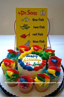 Dr Seuss One Fish Two Fish Red Fish Blue Fish Cupcakes Dr seuss