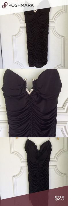 NEW little black dress with bling in décolletage NEW ...price tags removed...Gathers to accentuate your curves Speechless Dresses Mini