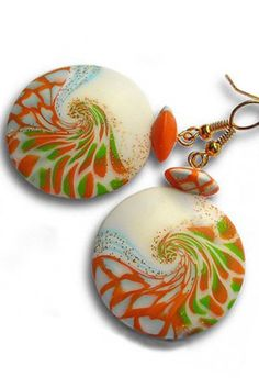 Do you want to learn how to make such swirl earrings? Here is a very detailed tutorial with the help of which even a person without experience will make such jewelry any colors and shade.: https://www.etsy.com/listing/474596045/earrings-tutorial-jewelry-tutorial