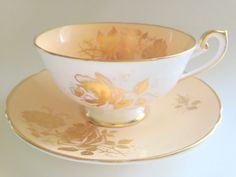 Gold Roses Shelley Tea Cup and Saucer, Lincoln Shape, Tea Set, Pattern 0600, Shelley China, Shelley Teacups, English Bone China, China Cups