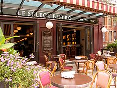 The terrasse, Le Select Bistro, Toronto, authentic French. French Cafe, French Bistro, French Food, Food Places, Places To Eat, Toronto Pictures, Restaurants, Downtown Toronto, French Riviera
