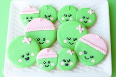Sweet Pea Baby Cookies: You probably don't even need a tutorial! But just in case here's how you can make some of your own little sweet peas!