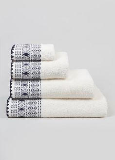 Divine Textiles Lot de Serviettes 100/% Coton 500 g//m/² Violet 2 X Bath Sheets