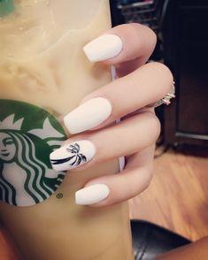 Acrylic nails, w/ palm tree!