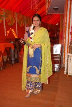 """Introducing our New Series """"Sister of the Bride Style"""" : Meet Juhi"""