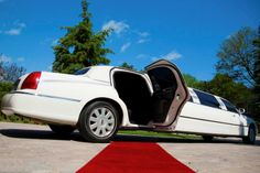 For Wedding Limo Services Call Us On these numbers 1-416-953-3031 Toll Free: 1-855-715-0555