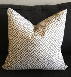 pillow.jpg 1,459×1,600 pixels