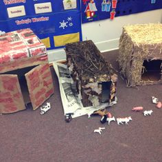 Three little pigs. good for retelling the story. Repurpose cartons for summer forts and barns Traditional Tales, Traditional Stories, Nursery Activities, Literacy Activities, 3 Little Pigs Activities, Fairy Tales Unit, Role Play Areas, Fairy Tale Theme, Farm Unit