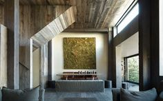 La Muna by Oppenheim Architecture + Design LLP, in Red Mountain, Aspen, Colorado. The new design restored and enhanced this rustic ski chalet with all its imperfections – as homage to the Japanese sensibility of wabi sabi. Patio Interior, Interior And Exterior, Interior Design, Design Interiors, Rustic Contemporary, Contemporary Bedroom, Contemporary Building, Contemporary Wallpaper, Contemporary Chandelier