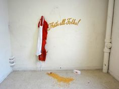 That's All Folks! | 2011 | Installation | Tara Bursey