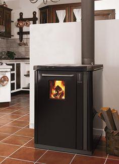 La #thermo-cuisinière dédiée à tous ceux qui aiment le charme et l'aspect recherché d'un style emprunt de traditions. BOSKY CLASSIC créé dans votre cuisine une atmosphère inimitable.